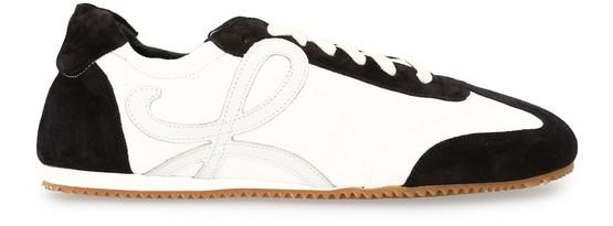 Loewe Ballet Runner Side Logo Sneakers In White/black