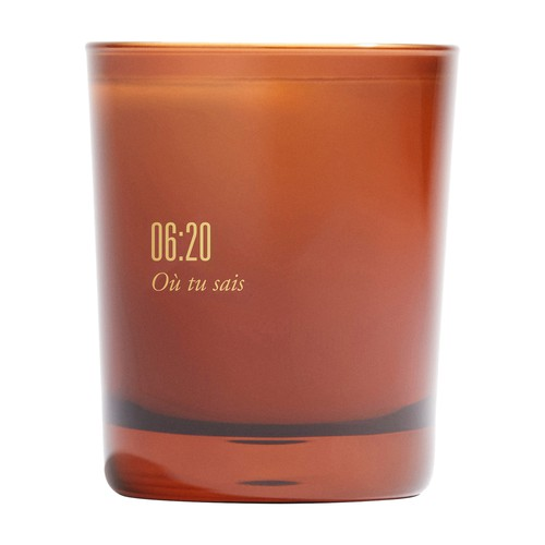 Scented candle 06:20